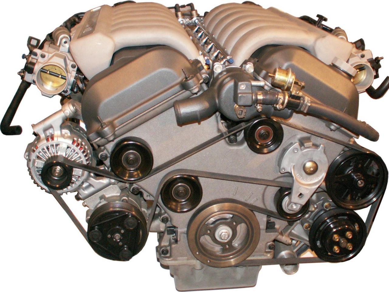 Aston Martin V Motor on Inline 4 Cylinder Engine