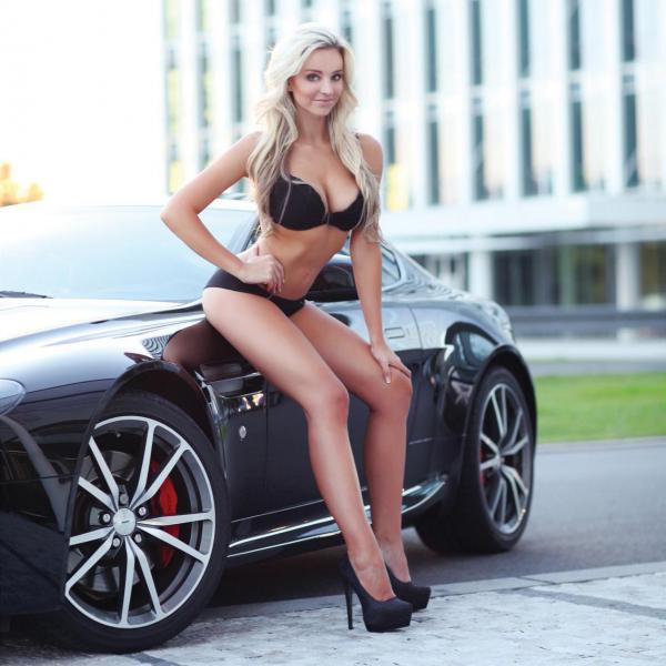 Charmim Blonde Aston Martin Vantage