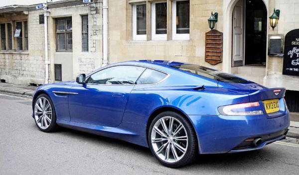 Test Aston Martin DB9 (2014)