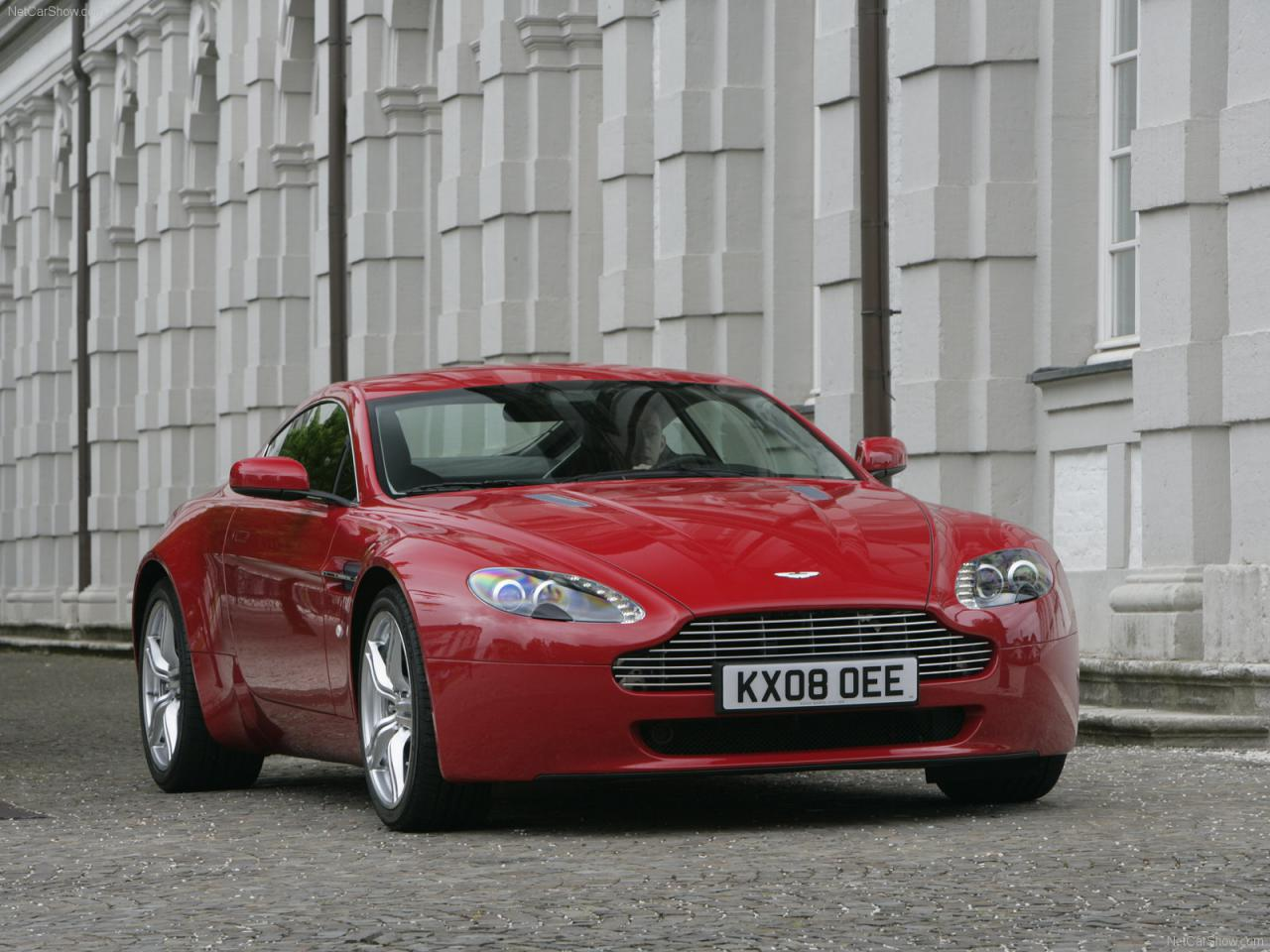 The Ultimate Review Of The Aston Martin Vantage V8