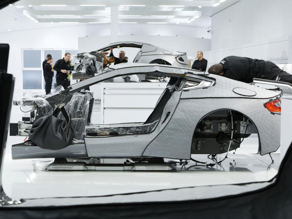 Aston Martin S Vertical Horizontal